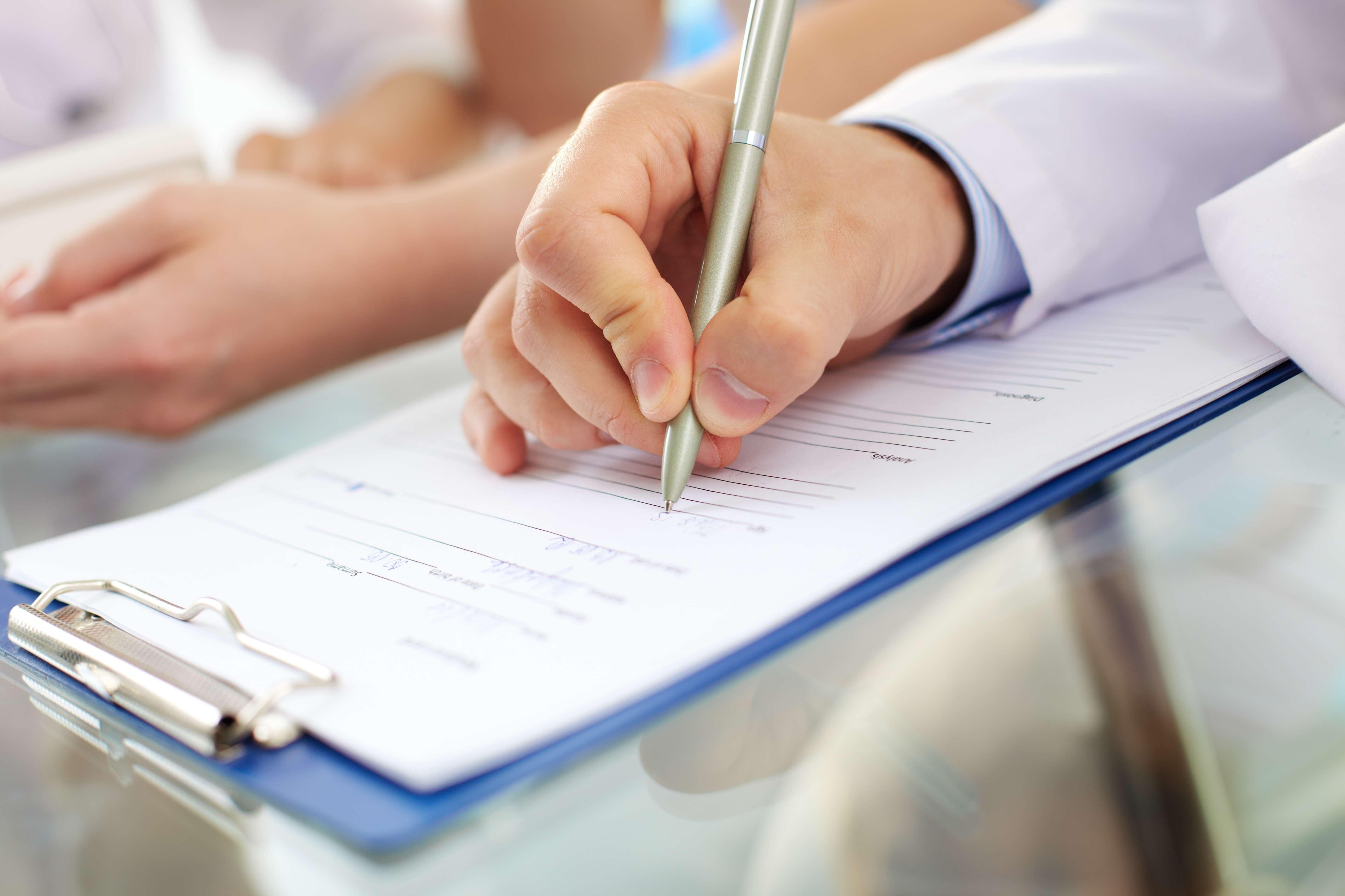 Dokładne i wyczerpujące wypełnienie ankiety anestezjologicznej pozwala zwiększyć bezpieczeństwo pacjenta i zminimalizować ryzyko powikłań, dlatego tak ważne jest, aby informacje w niej zawarte zostały rzetelnie sprawdzone przed konsultacją z anestezjologiem.