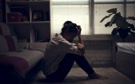 Mieszkanie samemu to większe ryzyko zaburzeń psychicznych
