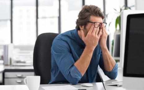 Około 80% osób odczuwa negatywne skutki pracy biurowej