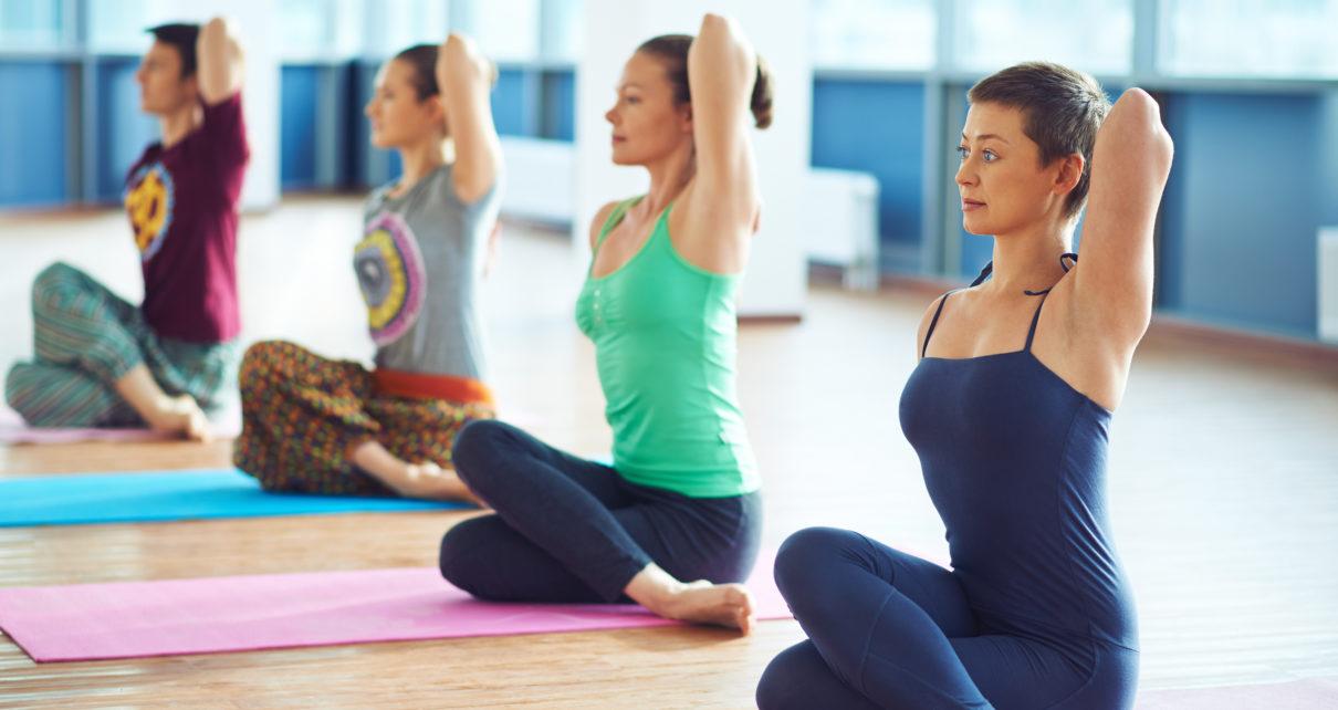 Zbyt intensywne uprawianie jogi może powodować przeciążenia stawów